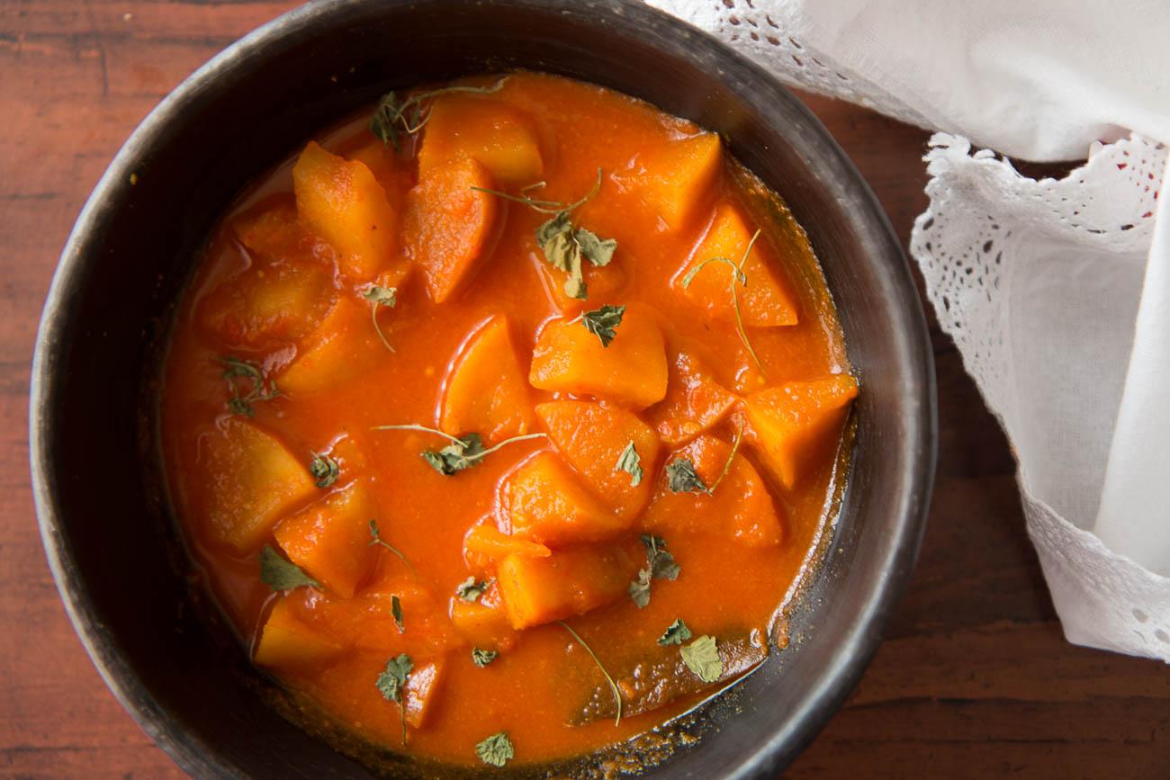 Kashmiri style apple tamatar sabzi no onion no garlic by archanas kashmiri style apple tamatar sabzi recipe no onion no garlic forumfinder Image collections