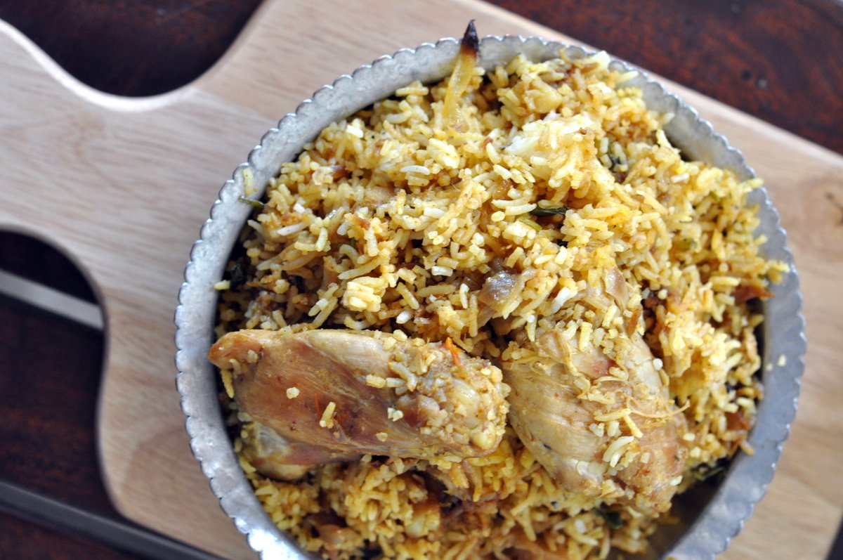 Calcutta style chicken biryani recipe by archanas kitchen calcutta style chicken biryani recipe forumfinder Images