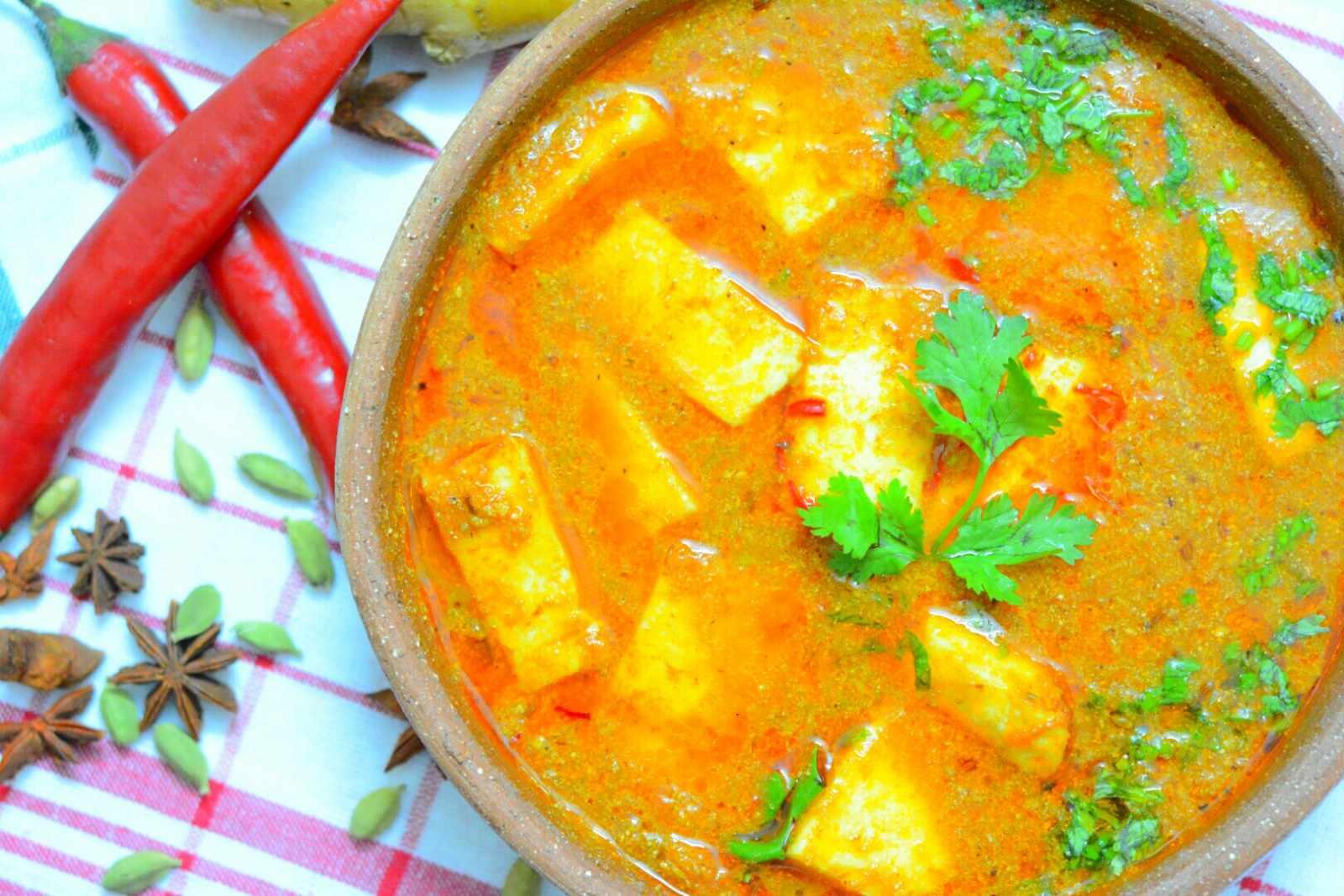 Kashmiri Veth Chaman Recipe (Paneer in Yogurt & Tomato Curry) by ...