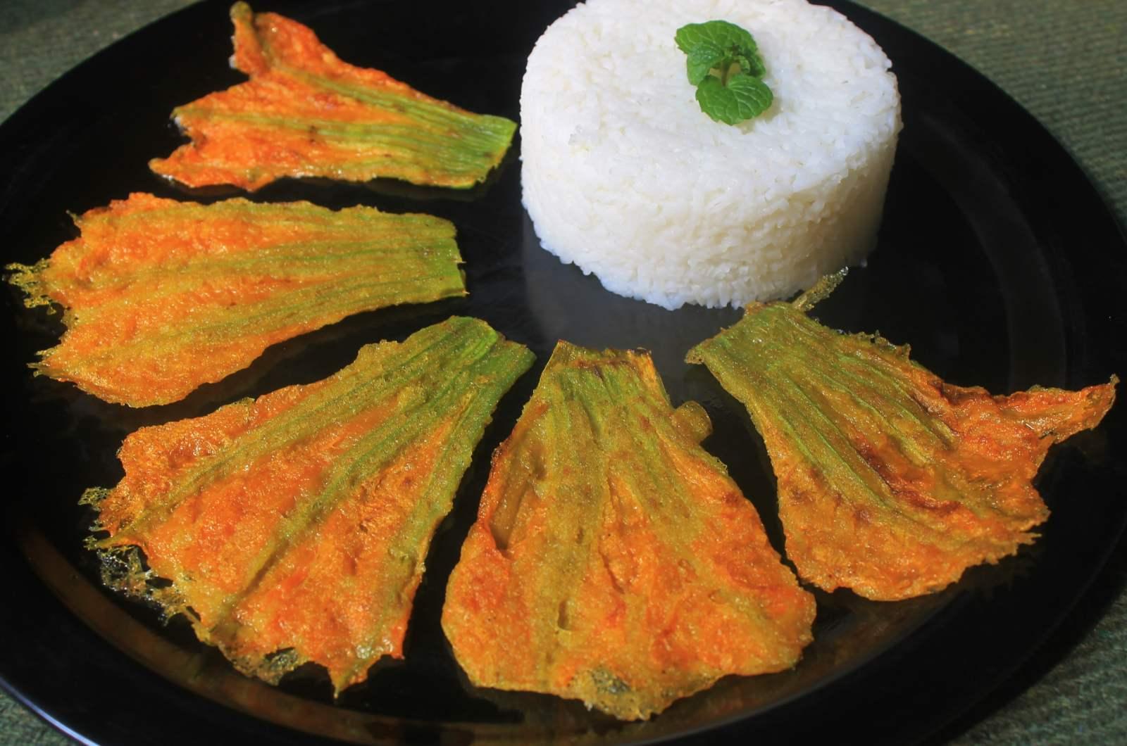 Oriya kakharu phula bhaja recipe pumpkin flower fritters by oriya kakharu phula bhaja recipe pumpkin flower fritters forumfinder Image collections