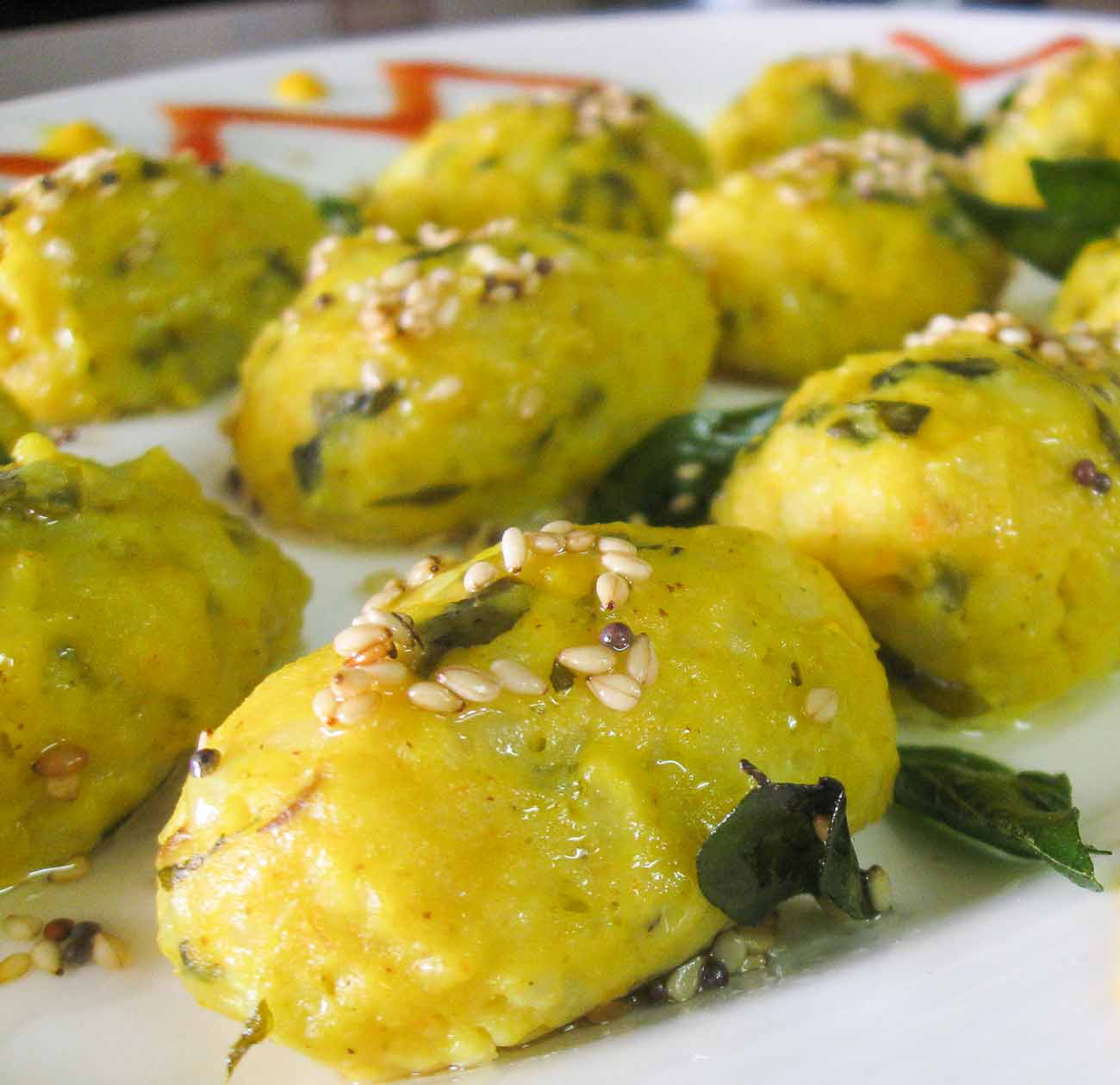 Doodhi na muthiya dhokla recipe by archanas kitchen forumfinder Choice Image