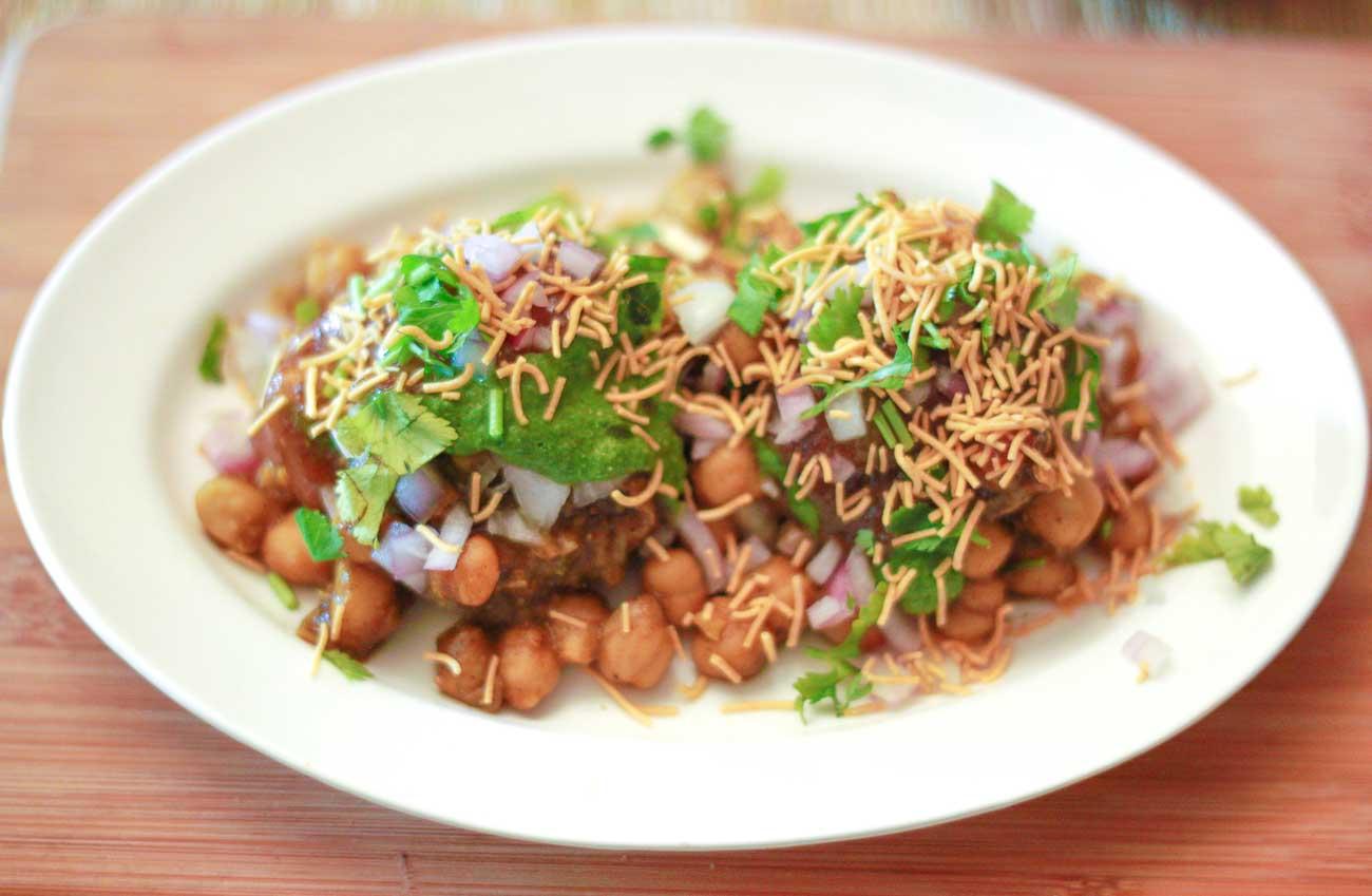 Chole aloo tikki chaat recipe an indian street food snack by chole aloo tikki chaat recipe an indian street food snack forumfinder Choice Image