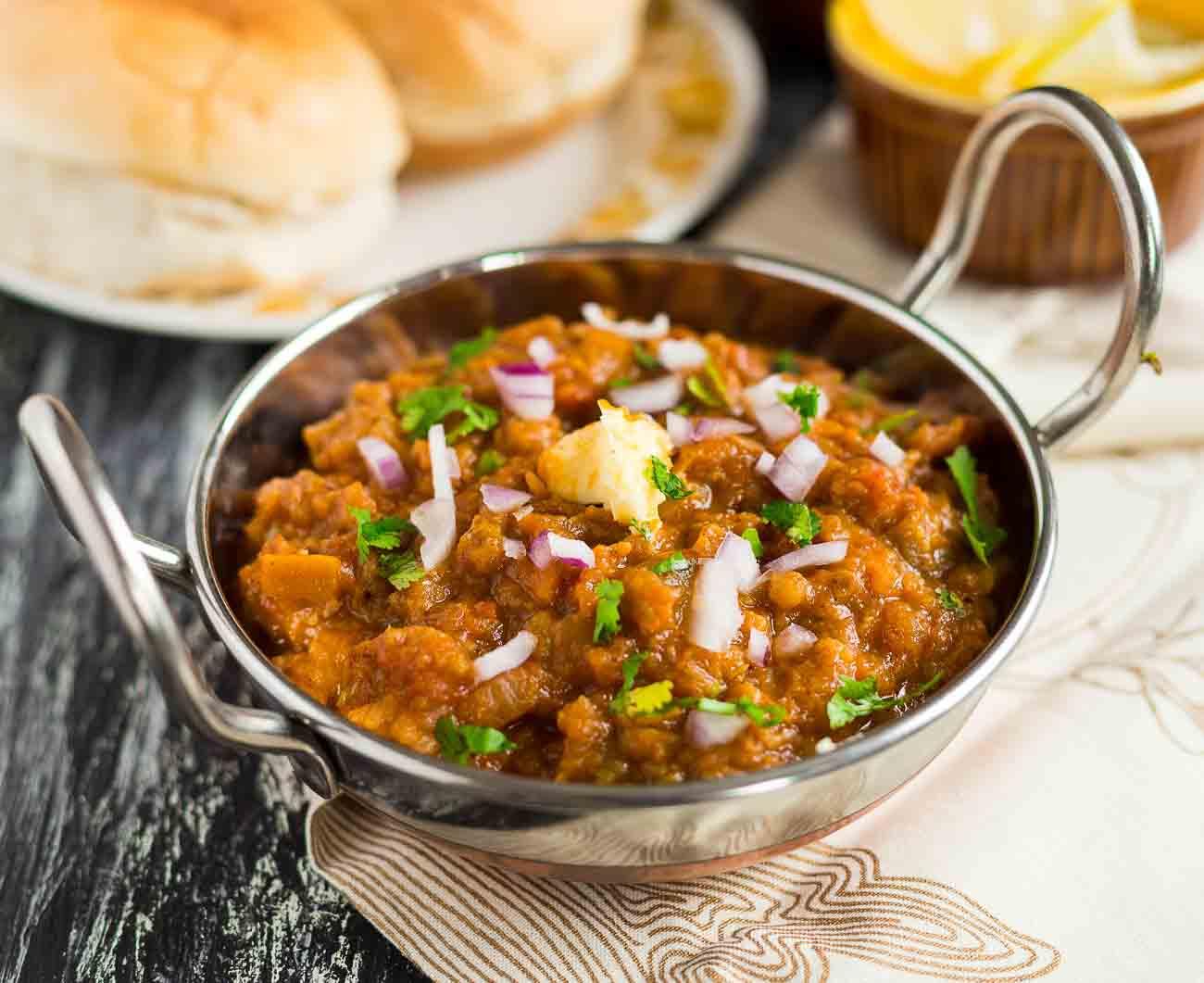 One pot pav bhaji recipe using preethi electric pressure cooker by one pot pav bhaji recipe using preethi electric pressure cooker by archanas kitchen forumfinder Images