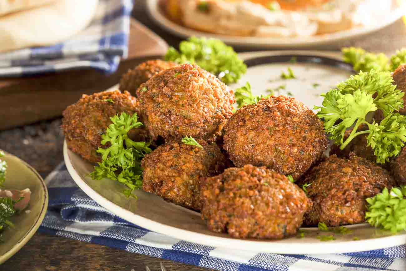 Lebanese chickpea falafel recipe by archanas kitchen lebanese chickpea falafel recipe forumfinder Images