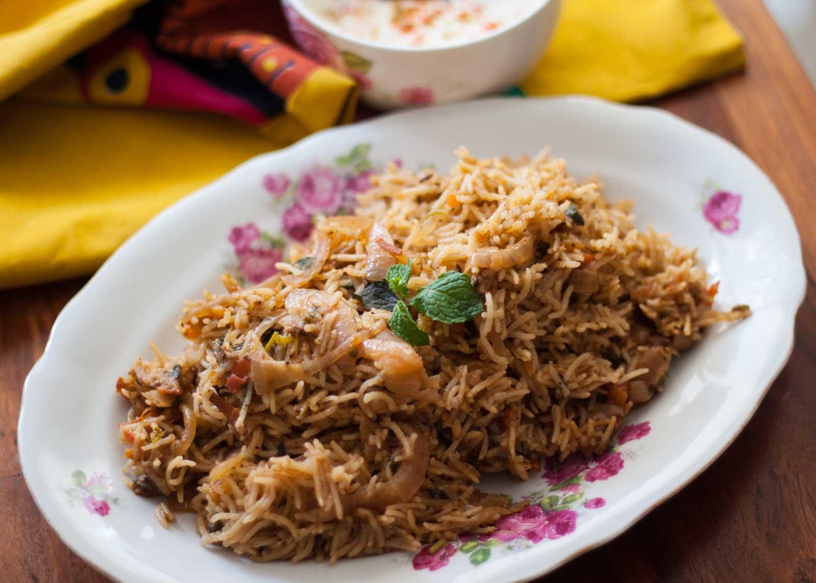 Kitchens of india curry paste for hyderabadi biryani chicken hyderabad style kuska recipe biryani rice recipe by archana s kitchen forumfinder Image collections