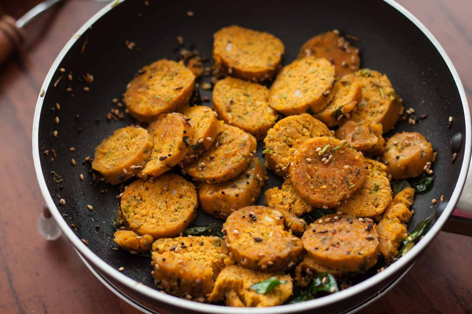 Maharashtrian style kothimbir oats vadi recipe by archanas kitchen maharashtrian style kothimbir oats vadi recipe forumfinder Images