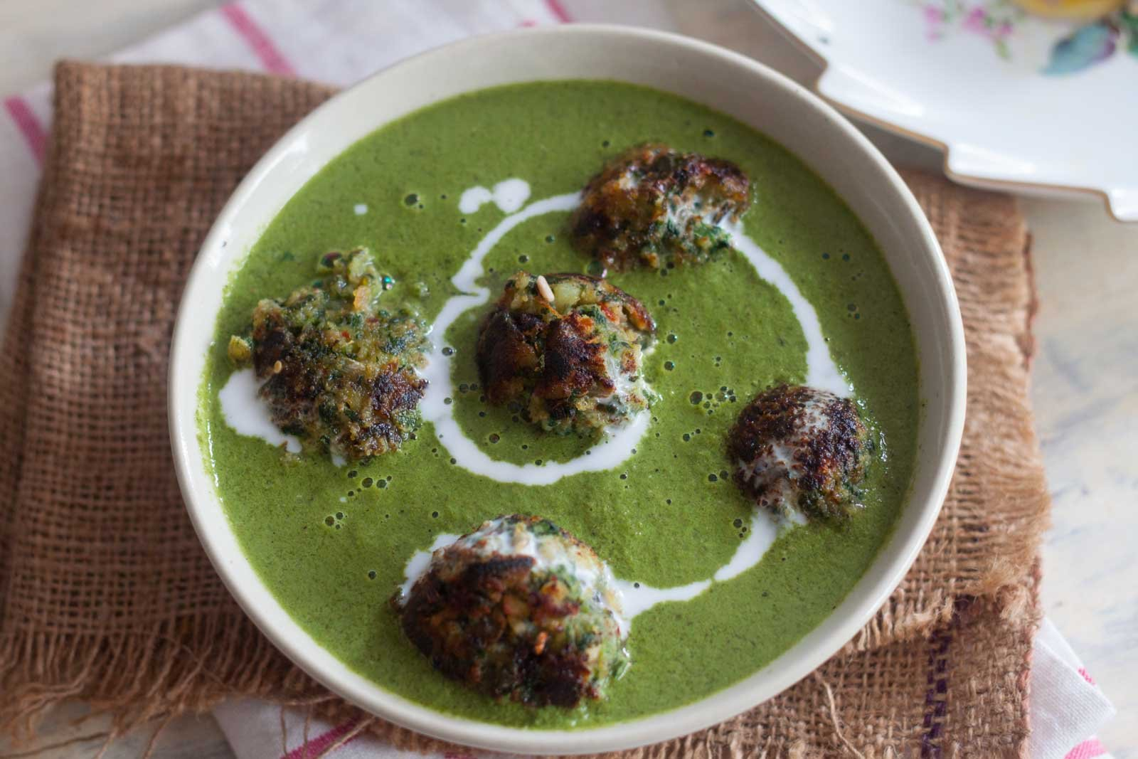 Spinach and sweet potato kofta in green curry recipe by archanas a delicious and rich kofta curry with flavours of fresh herbs like mint and coriander that can be had for your lunch forumfinder Gallery