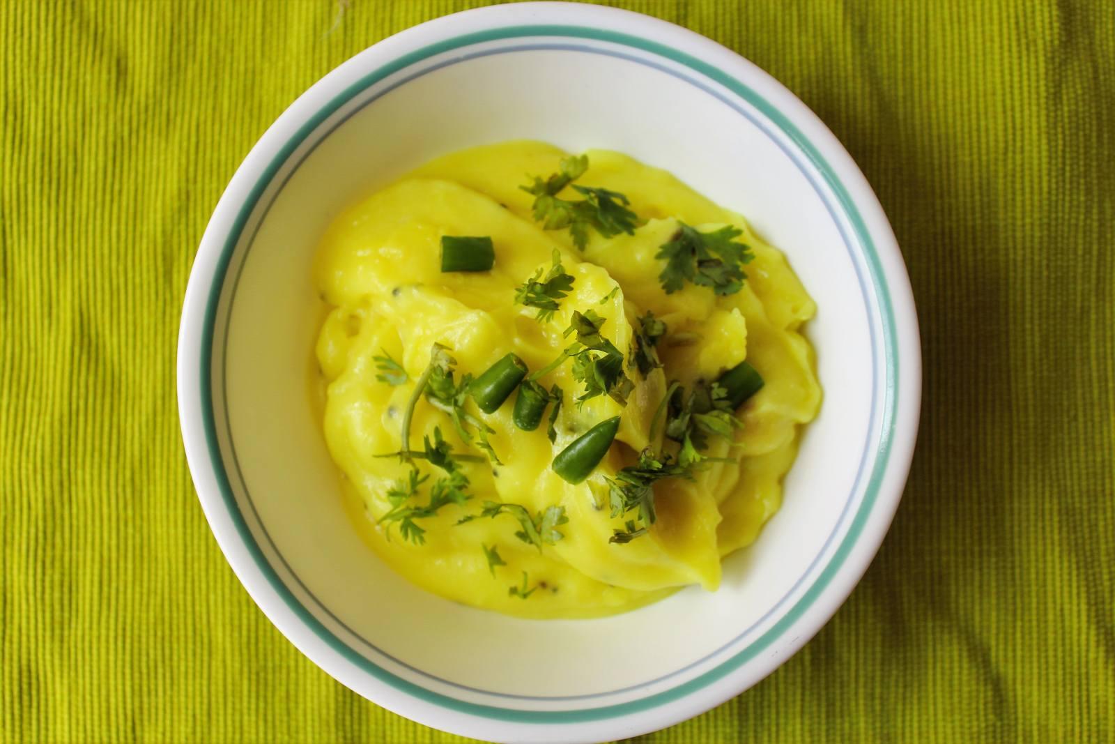 Ukad recipe maharashtrian rice flour porridge by archanas kitchen ukad recipe maharashtrian rice flour porridge forumfinder Images