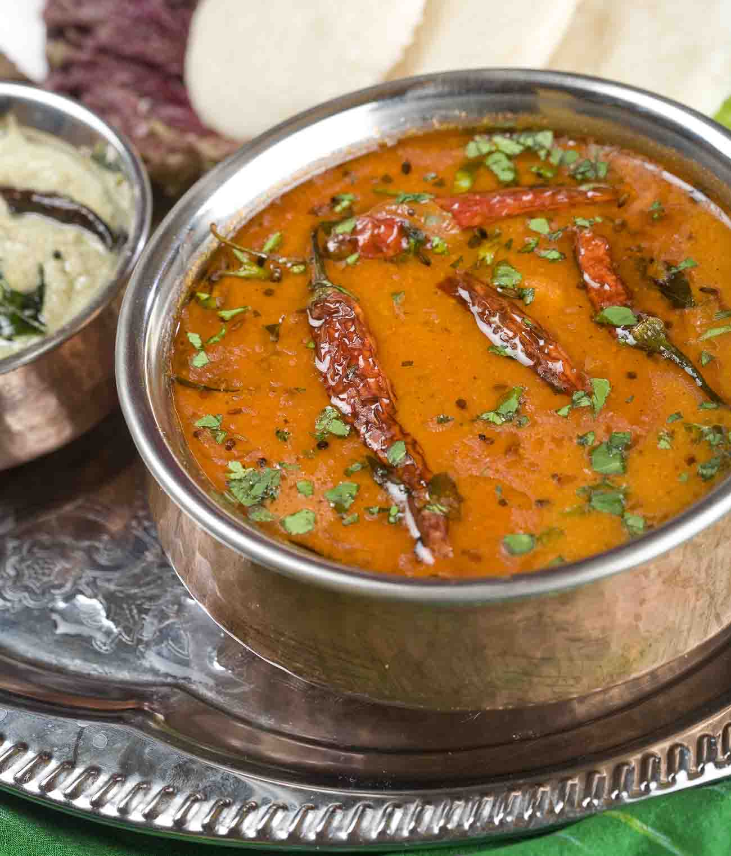 Kerala Style Varutharachu Sambar (Lentils Cooked in Tamarind
