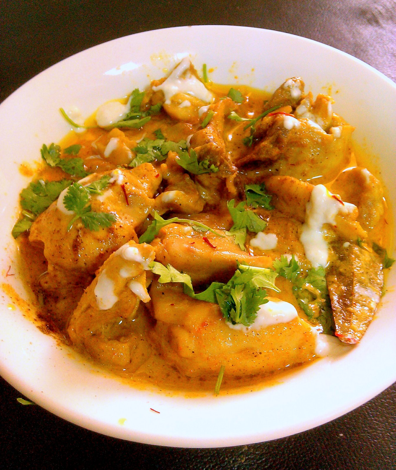 Mughlai zafrani murg recipe by archanas kitchen a completely no oil healthy recipe made by microwaving the marinated chicken along with yogurt forumfinder Choice Image