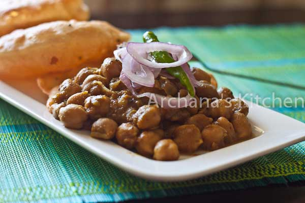Chola Masala With Puri