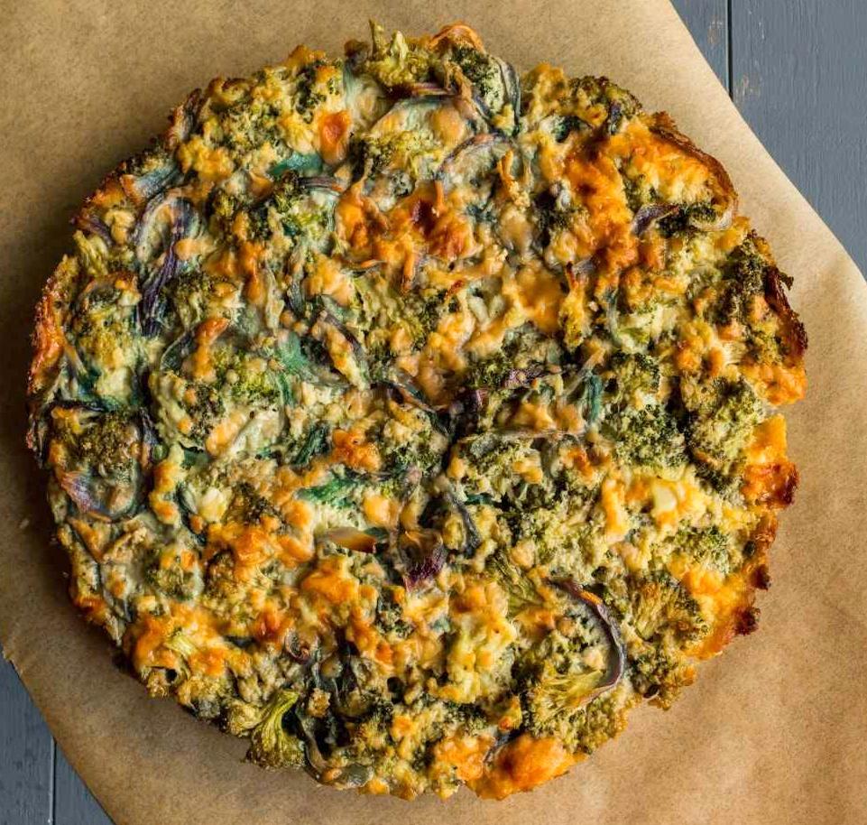 Receita de Frittata de Cheddar de Brócolis pela Cozinha de Archana