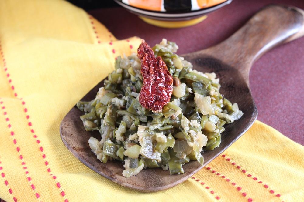 Aavryachi Bhaji-Avarakkai Poriyal Recipe-Broad Beans Stir Fry