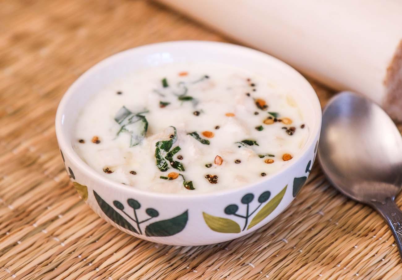 Vazhaithandu Pachadi Recipe – Banana Stem Raita