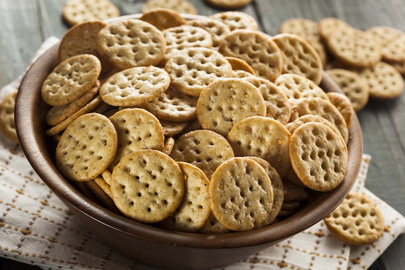 Baked Multigrain Mathri (Crackers) with Italian Flavors