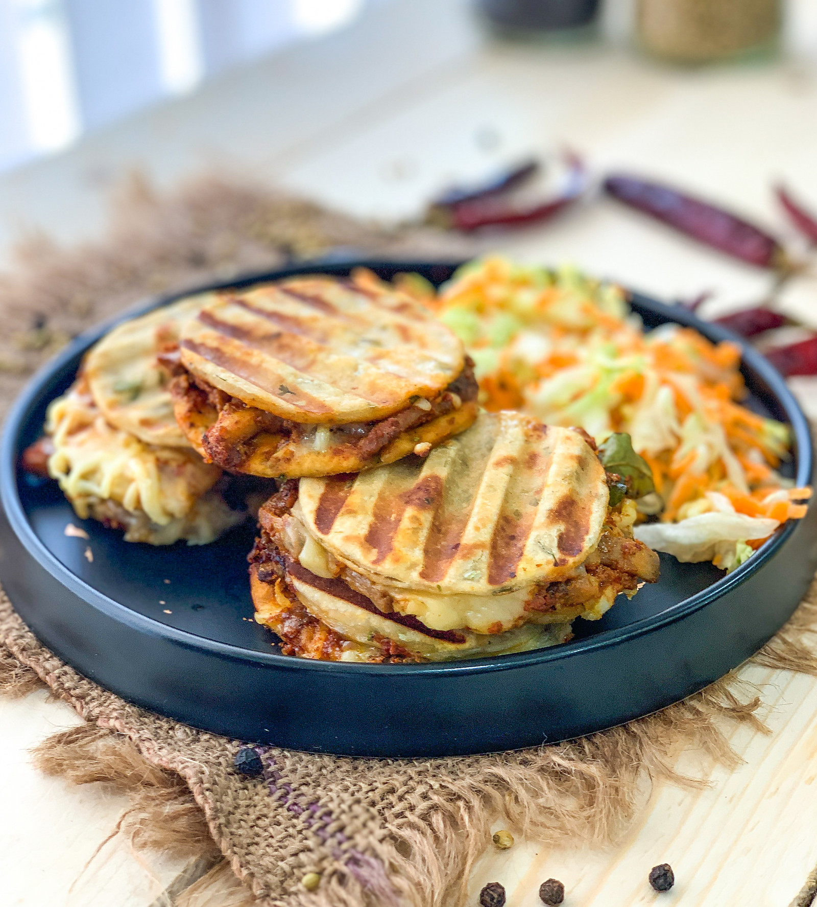 Cheesy Kulcha Sandwich Recipe With Ghee Roast Mushrooms