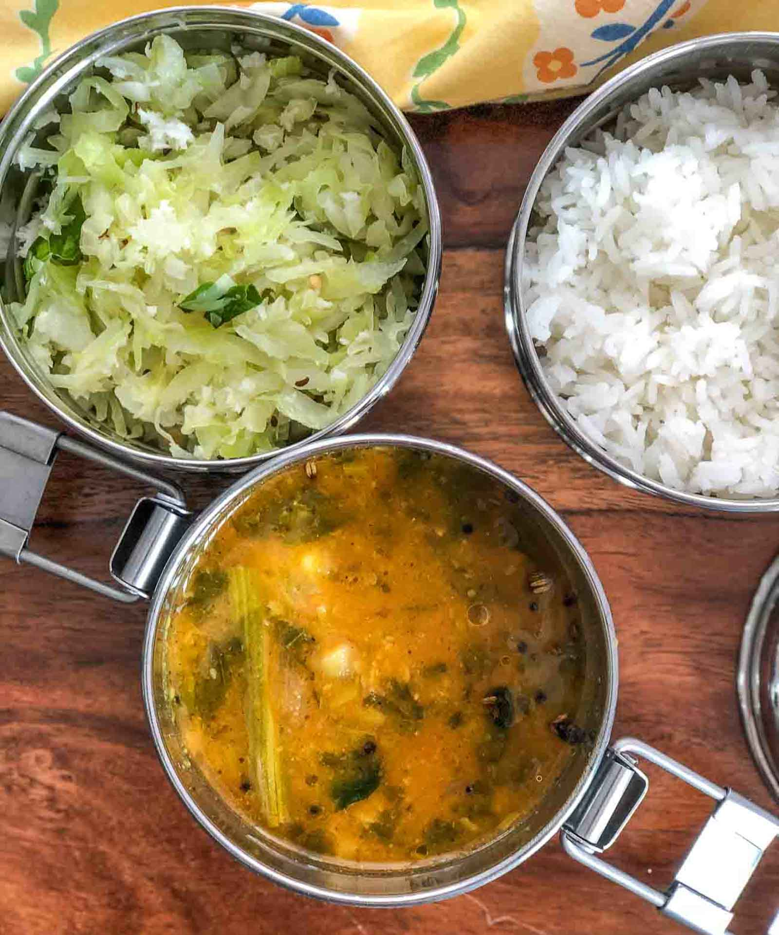 lunch box ideas: murungakkai vendhaya keerai sambar, cabbage poriyal