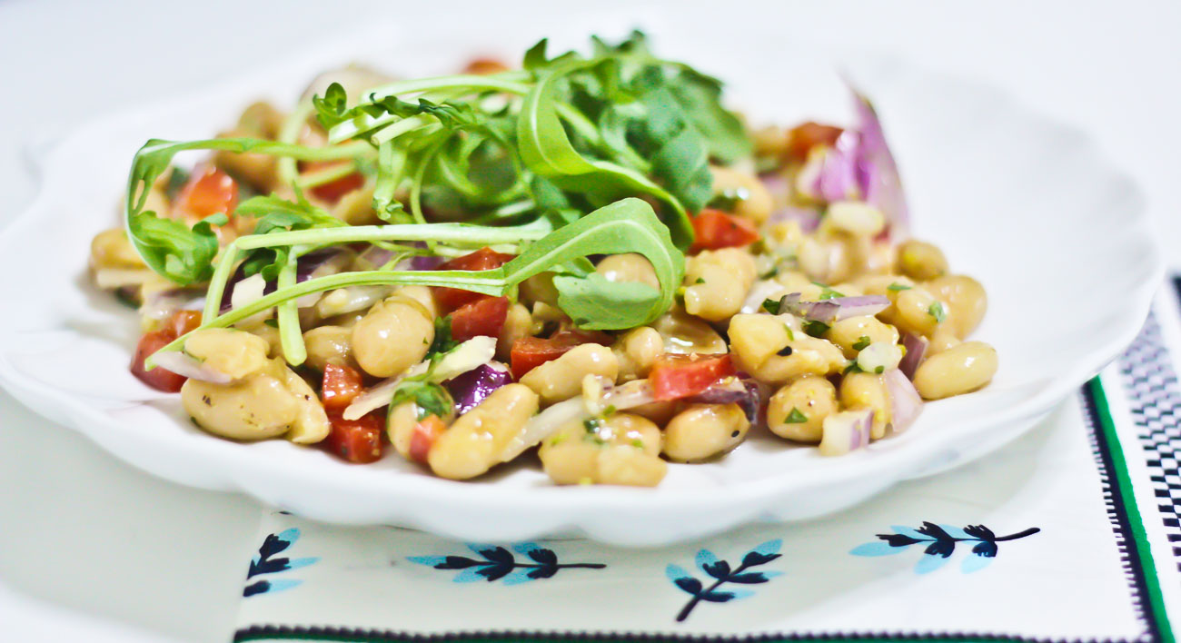White Bean Salad with Onions and Bell peppers