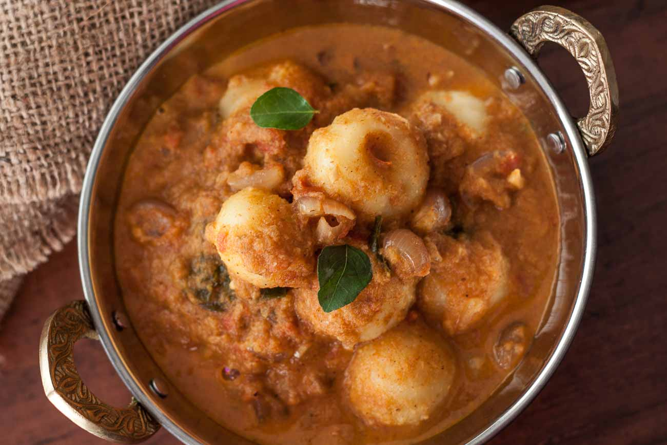 Baby Potato Theeyal Recipe - Kerala Style Potatoes In Shallots And Roasted Coconut