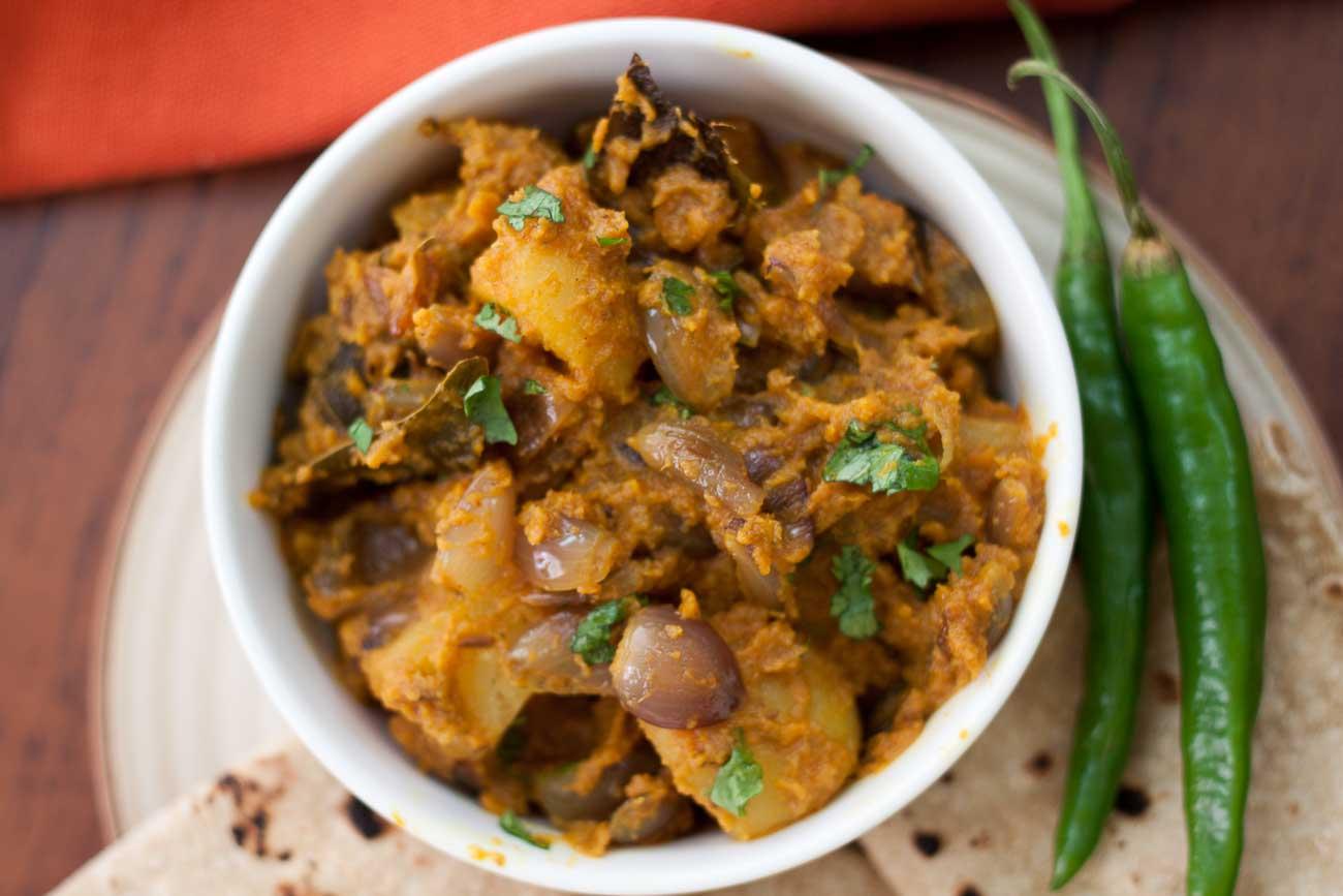 Cake Ki Recipe Kadai Mein: जयपुरी आलू प्याज की सब्ज़ी रेसिपी By Archana's Kitchen