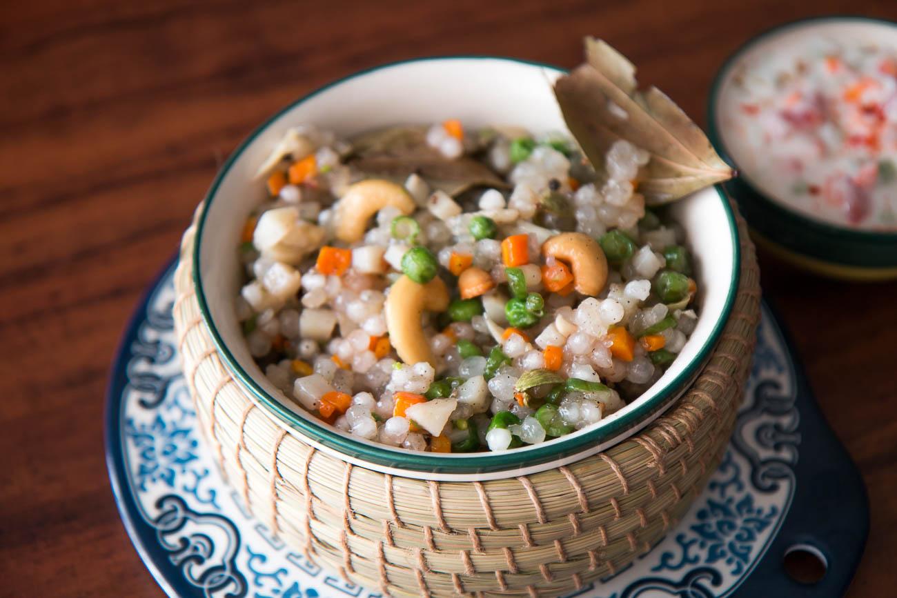 Sabudana khichdi recipe with vegetables no onion no garlic fasting sabudana khichdi recipe with vegetables no onion no garlic fastingvrat recipes forumfinder Images