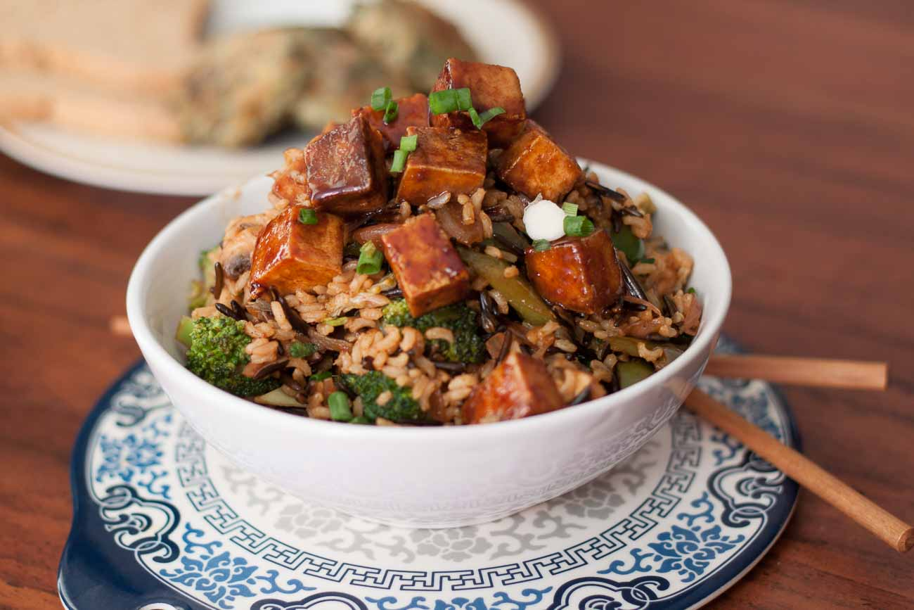 Stir Fried Brown Rice And Wild Rice Topped With Honey-Glazed Tofu Recipe