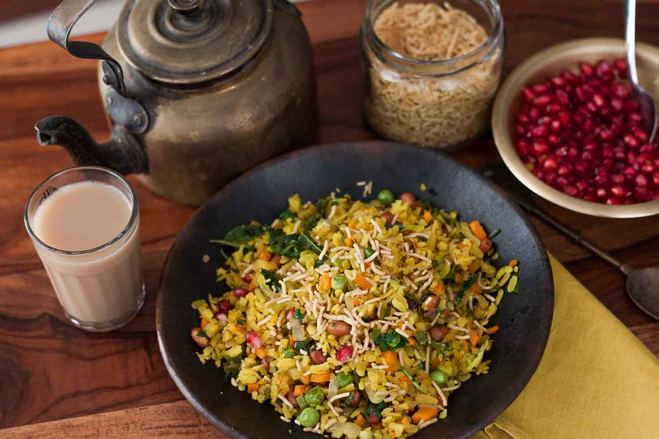 Spicy and Tangy Mixed Vegetable Poha Recipe With Peanuts