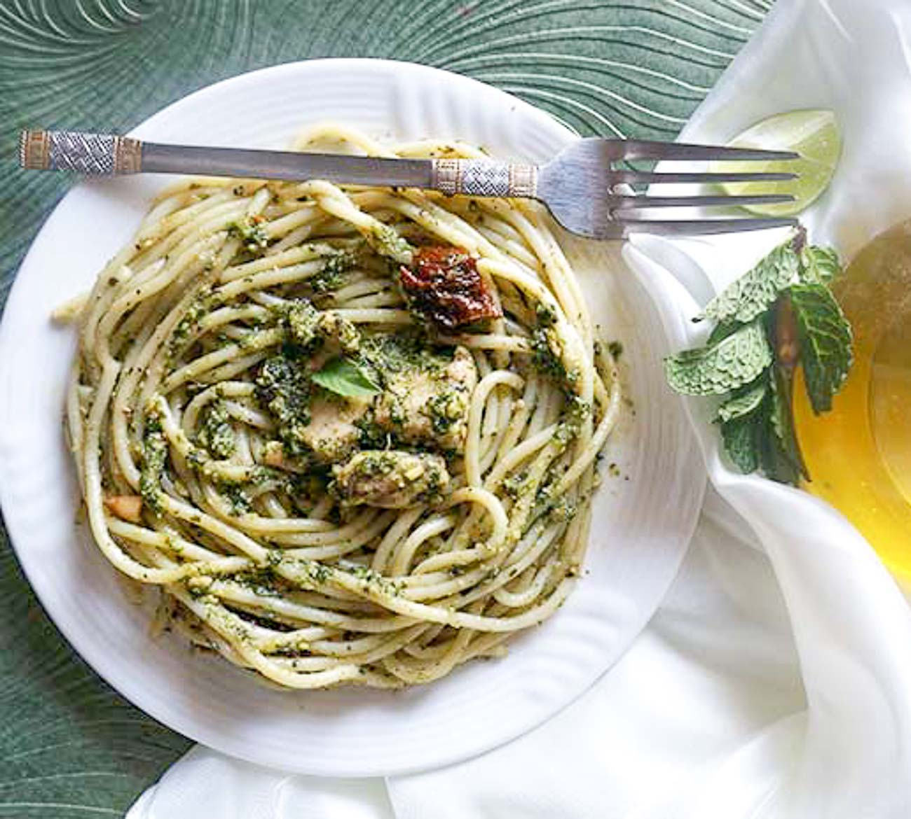 Creamy Chicken Pesto Spaghetti Pasta Recipe By Archana S Kitchen