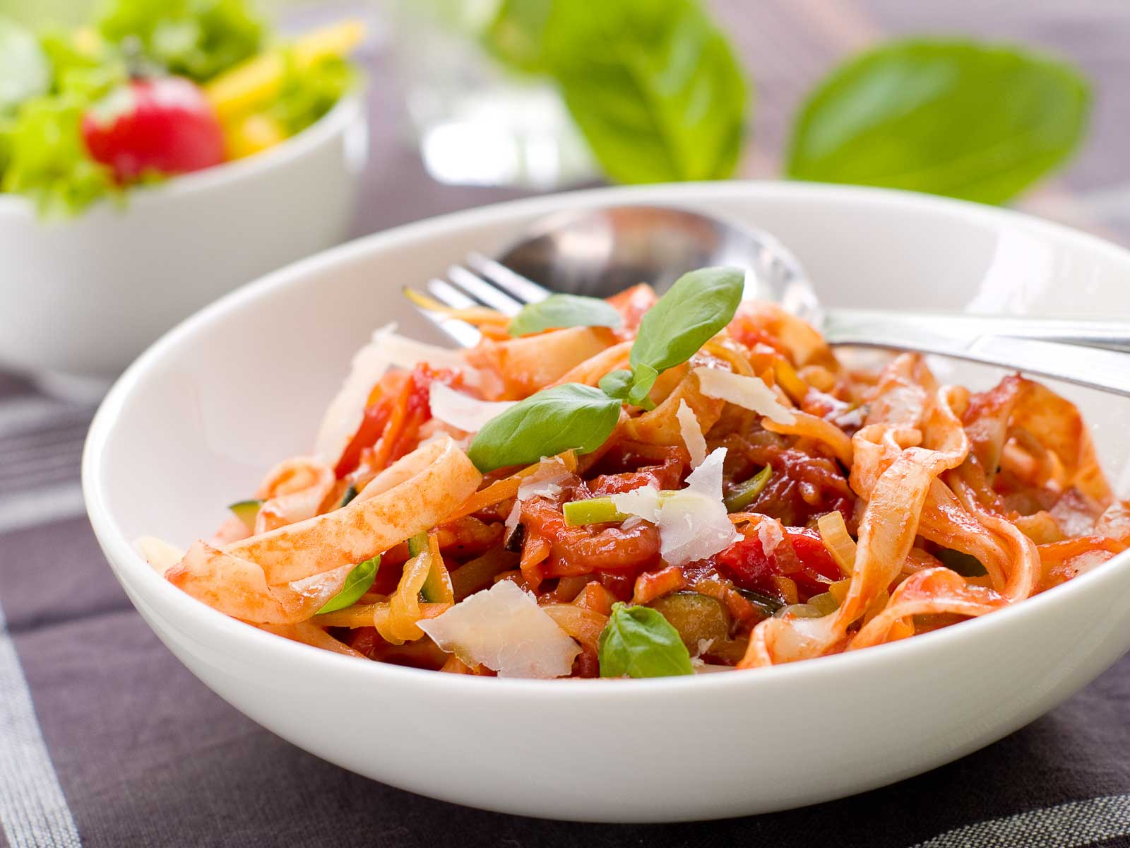 Tagliatelle Pasta Recipe With Fresh Tomato Basil Sauce