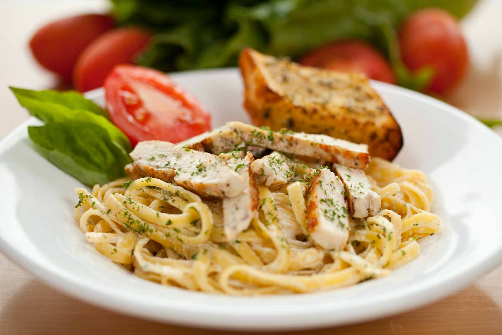 Grilled Chicken Spaghetti Pasta With Herbs