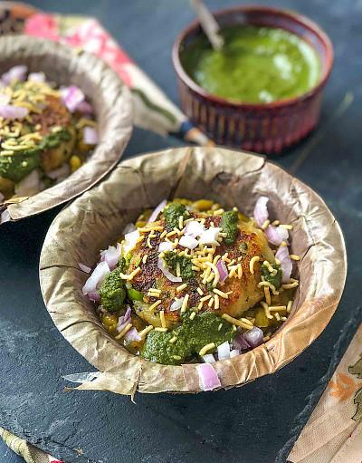 Ragda Patties Recipe - Popular Mumbai Street Food
