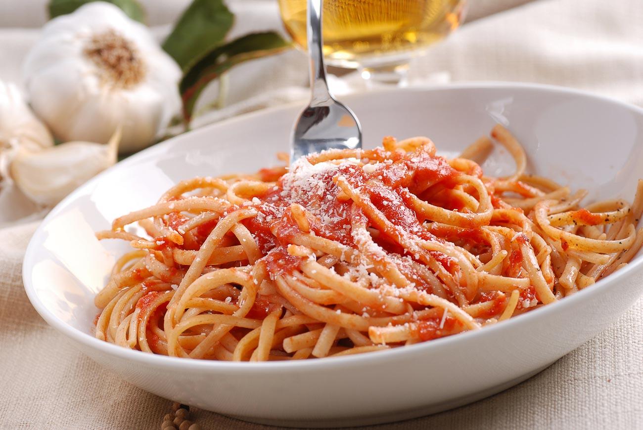 Spicy Italian Sausage Pasta in a Creamy Tomato Sauce ...  |Spicy Italian Spaghetti
