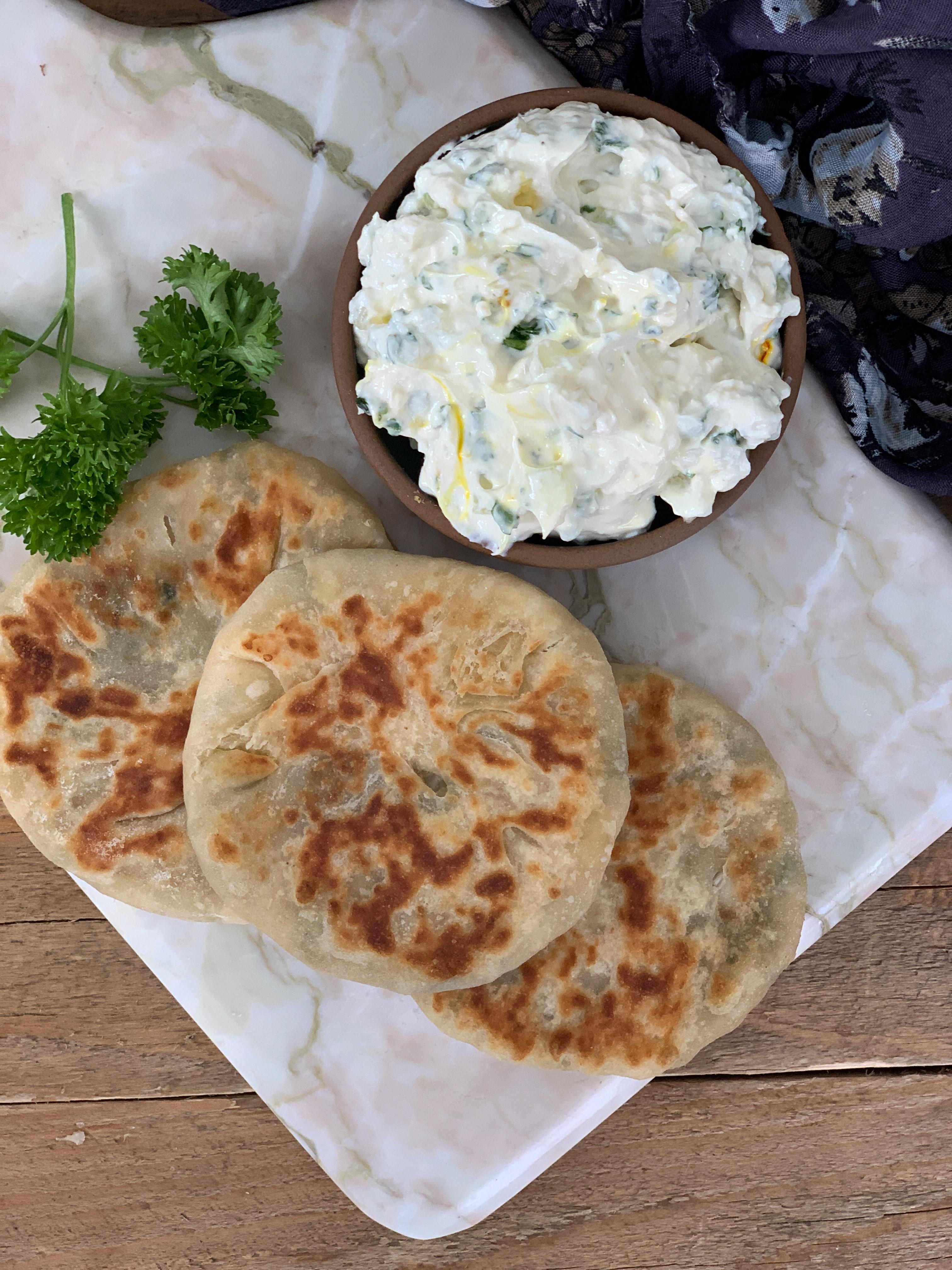 Mini Chilli Cheese Aloo Kulcha Recipe