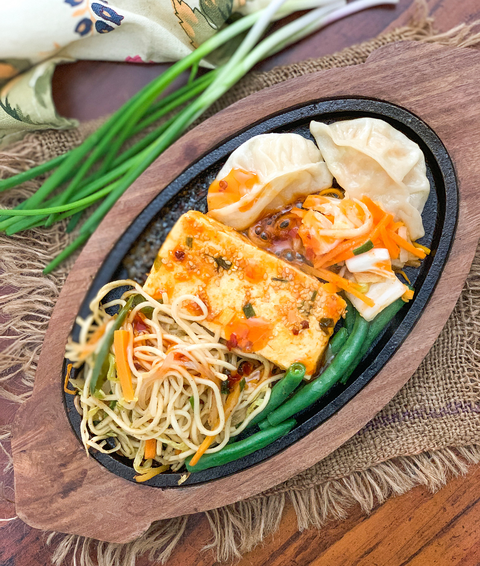 Vegetarian Chinese Sizzler With Noodles & Momos Recipe