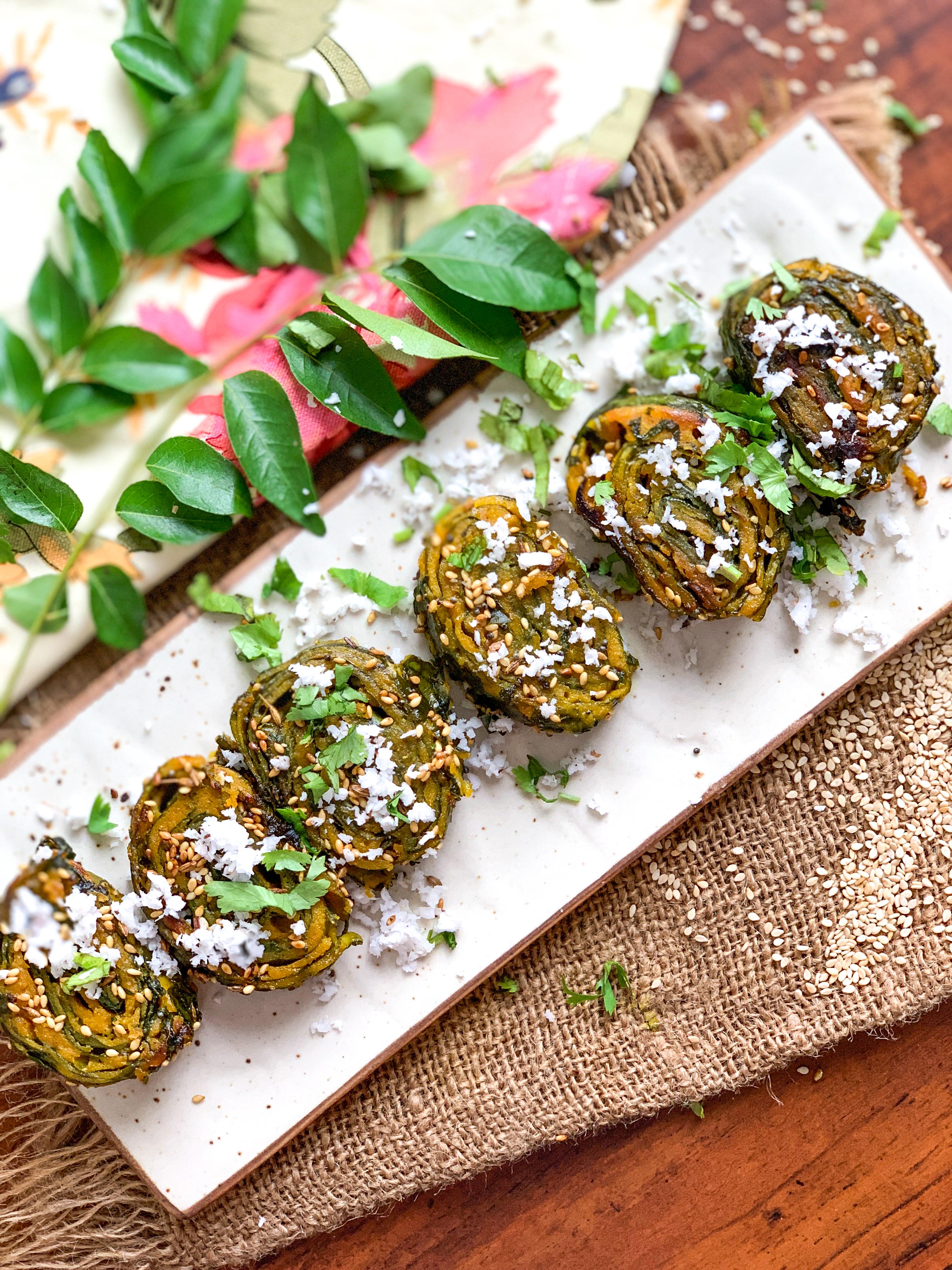 Gujarati Patra Recipe – Alu Vadi Recipe