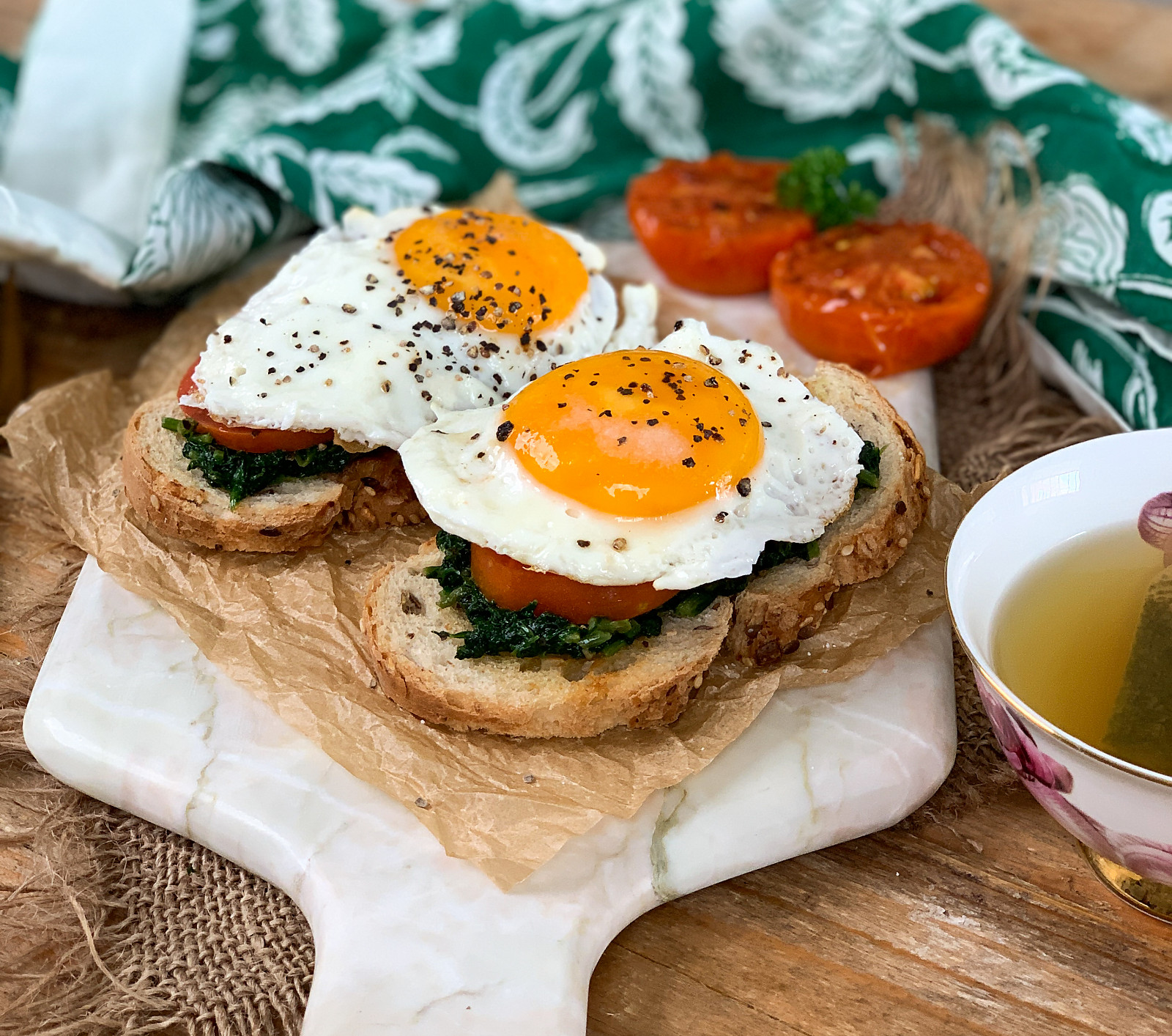 Spinach Open Toast With Fried Egg Recipe