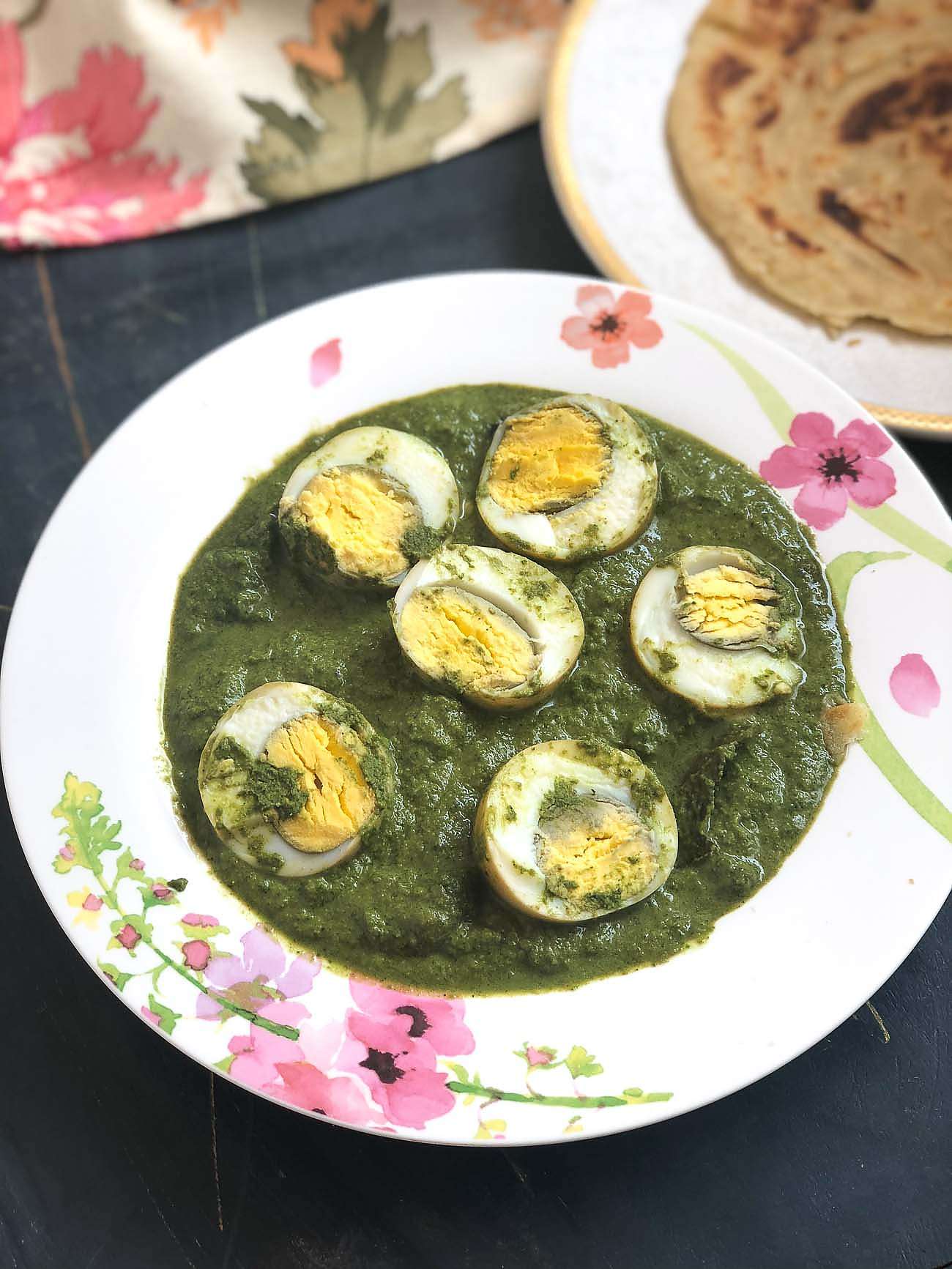 Hariyali Egg Curry Recipe In Coriander and Mint Gravy