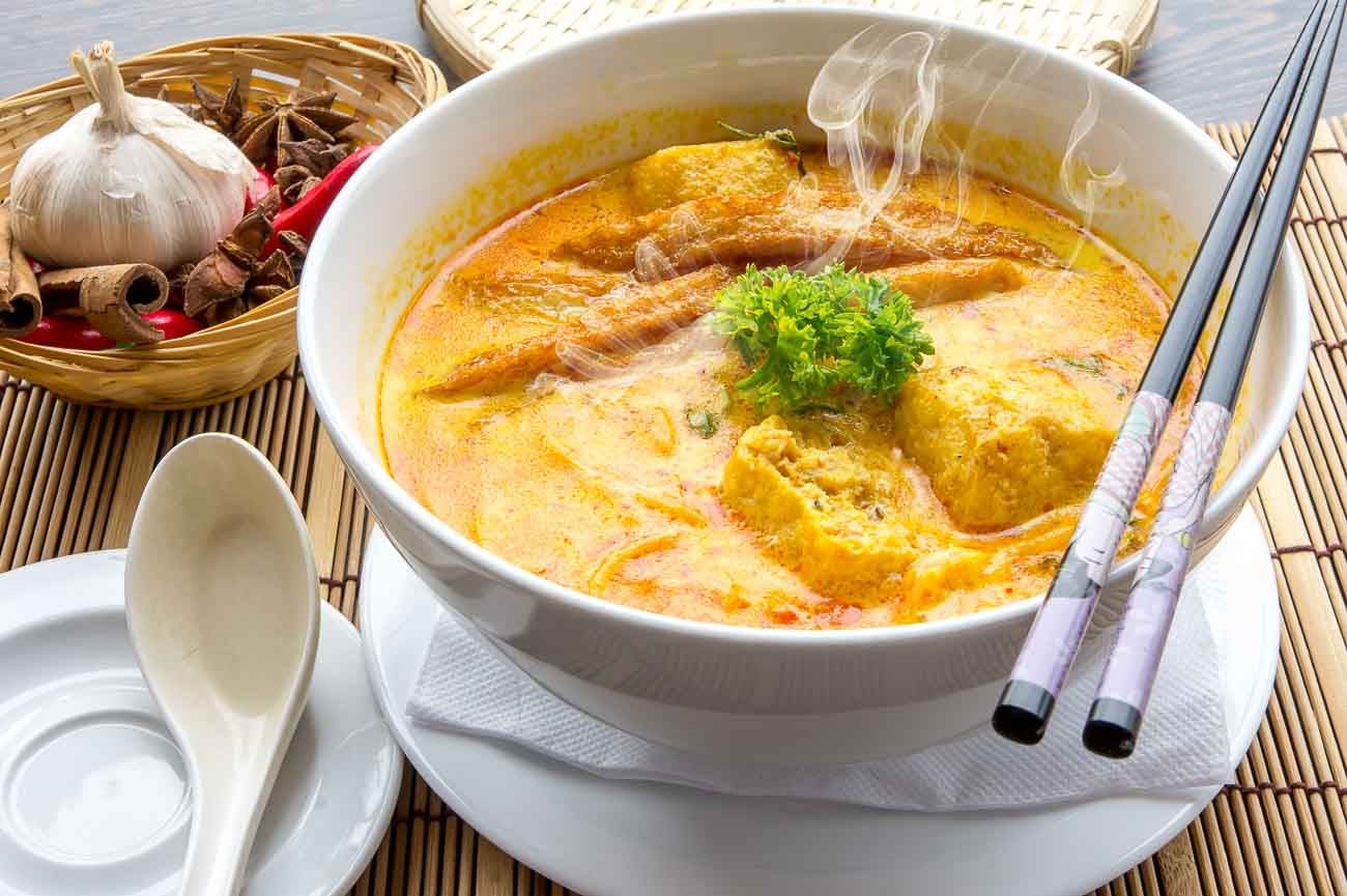 Hot and Spicy Chicken Curry Noodles Recipe
