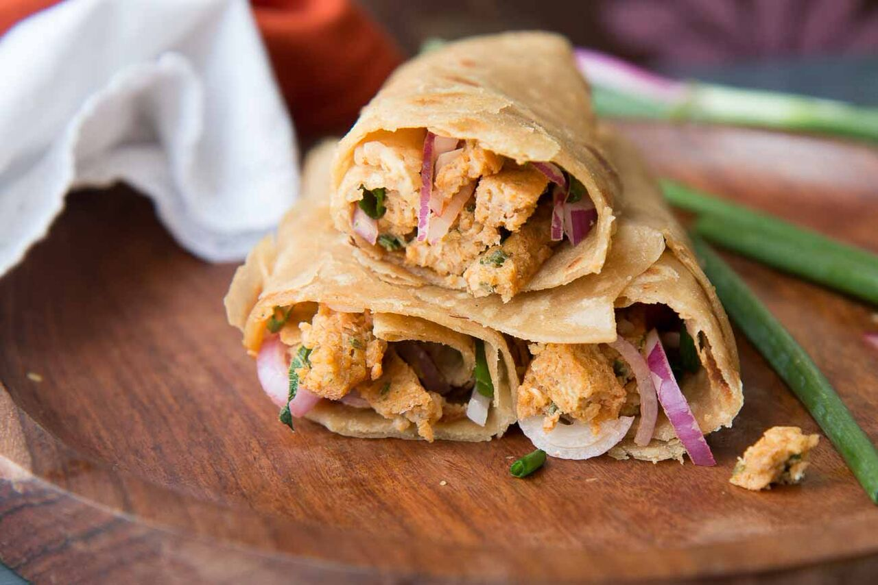 Chinese Egg Kathi Roll Recipe