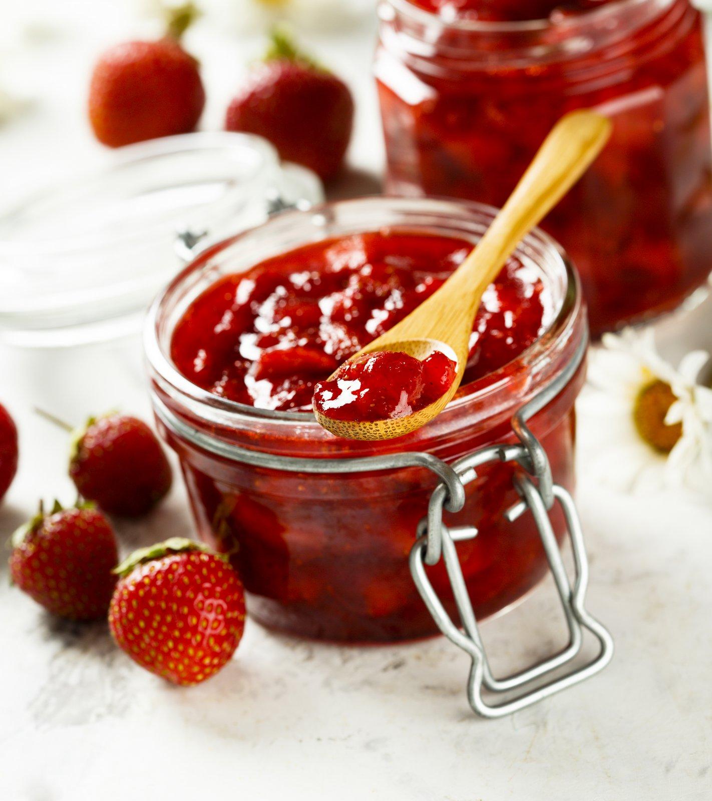How to cook strawberry jam Recipes strawberry jam for the winter 64