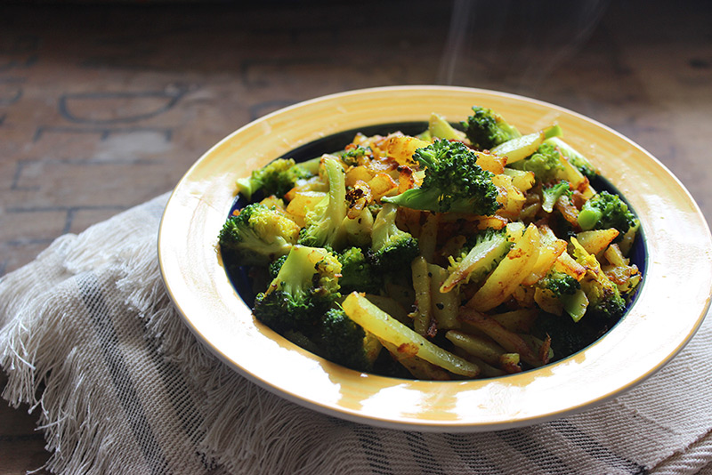 Aloo Broccoli Poriyal Recipe