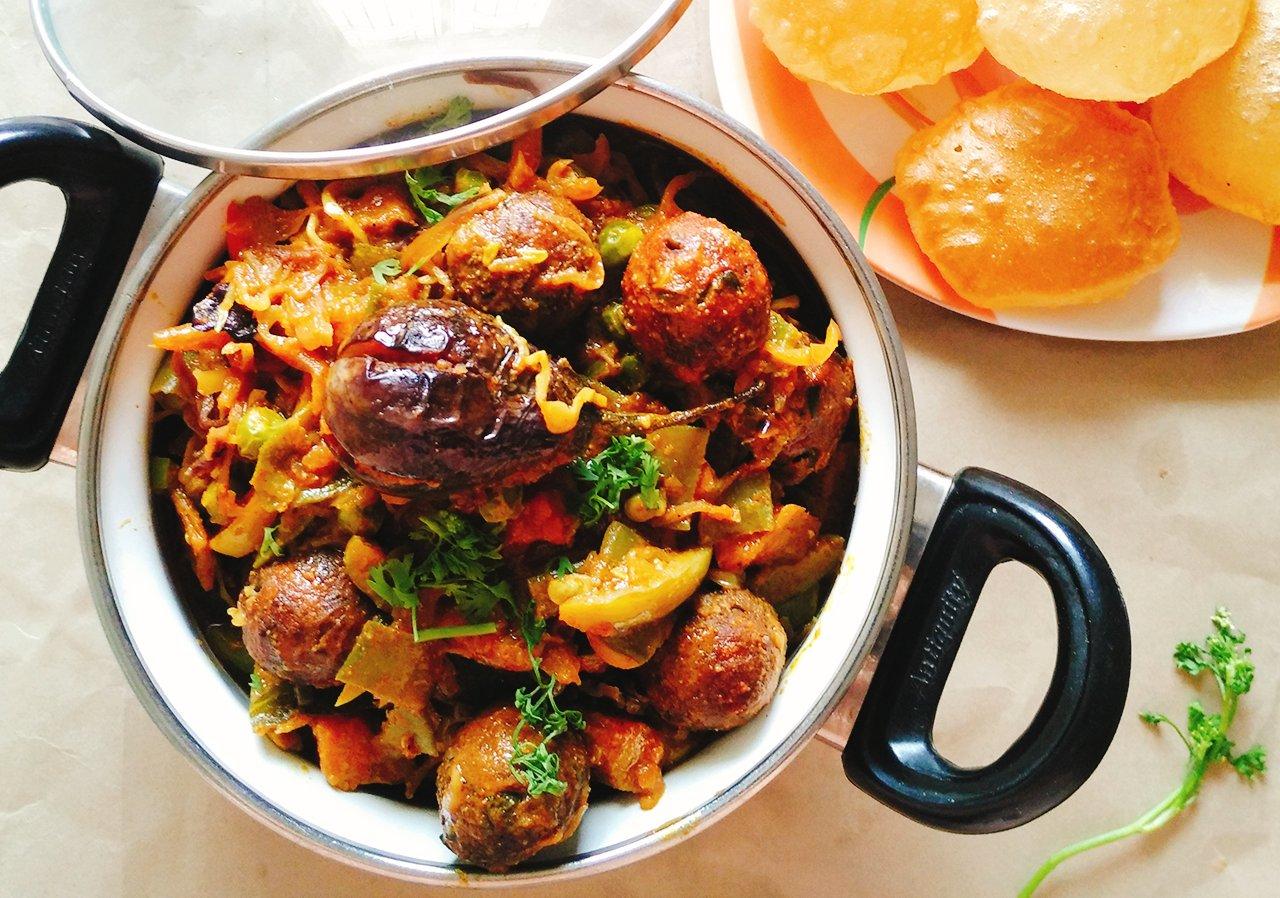 Oil free gujarati undhiyu recipe no onion no garlic by archanas oil free gujarati undhiyu recipe no onion no garlic forumfinder Images