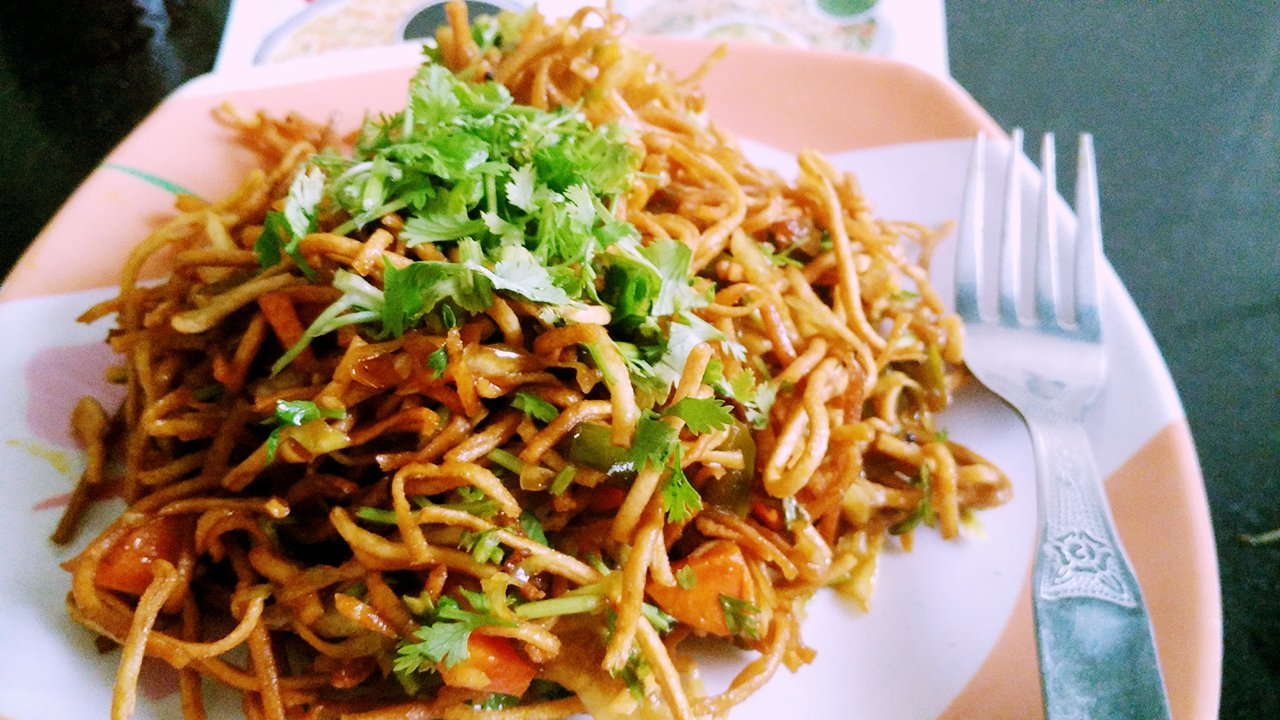 Image result for chinese noodles bhel pic,nari