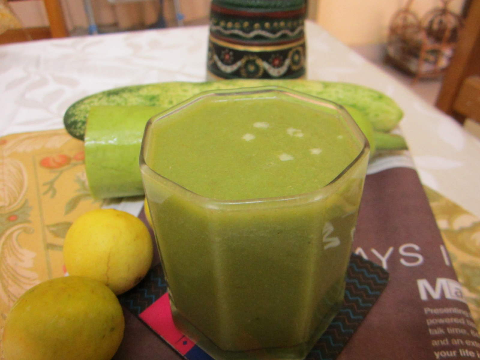 Spiced Bottle Gourd And Spinach Juice Recipe