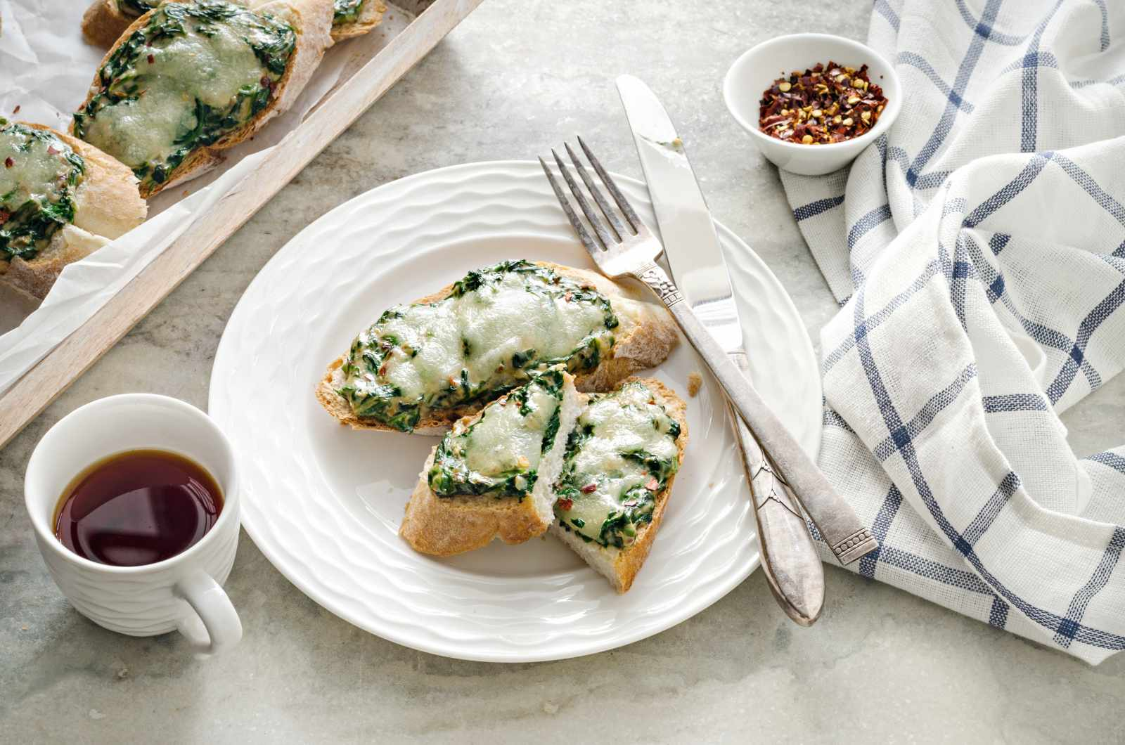 Cheesy Spinach Open Toast Recipe