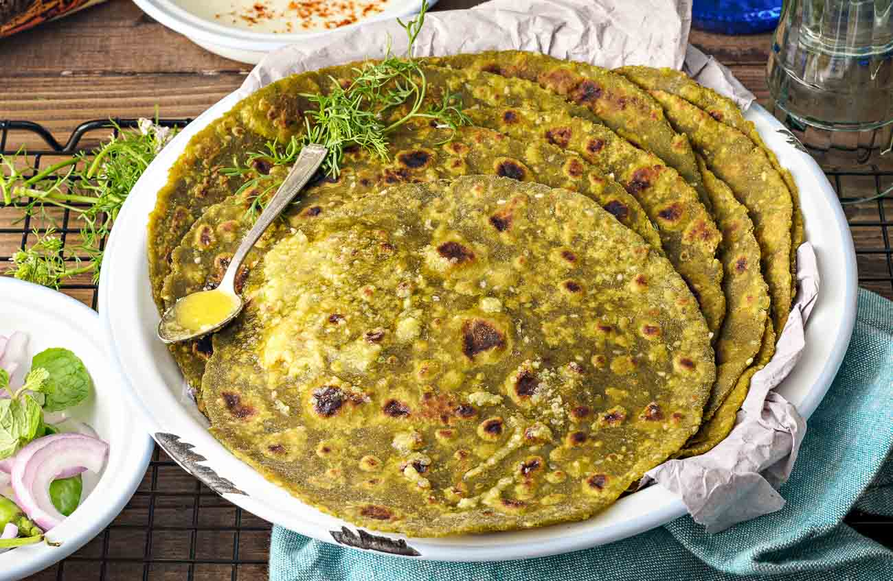 Whole Wheat Spinach And Tofu Paratha Recipe
