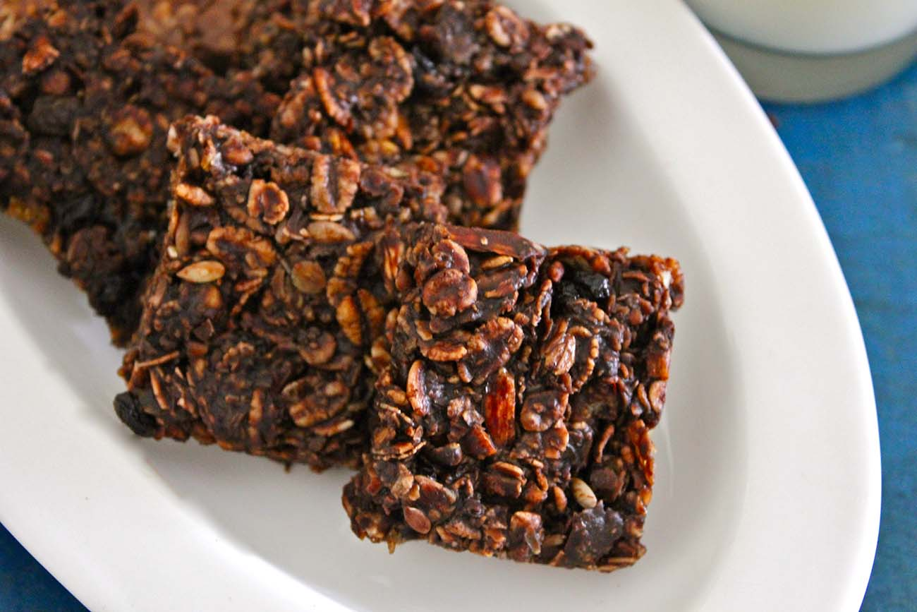 No Bake Chocolate Coated Muesli Bars Recipe