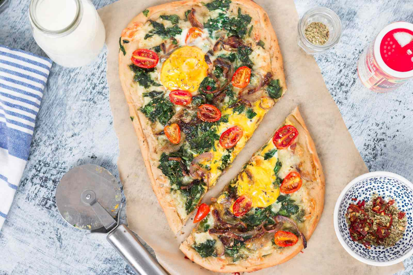 Egg And Spinach Breakfast Pizza Recipe