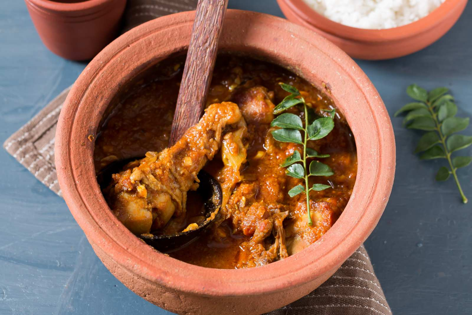 Sri lankan chicken curry recipe by archanas kitchen sri lankan chicken curry recipe forumfinder Image collections