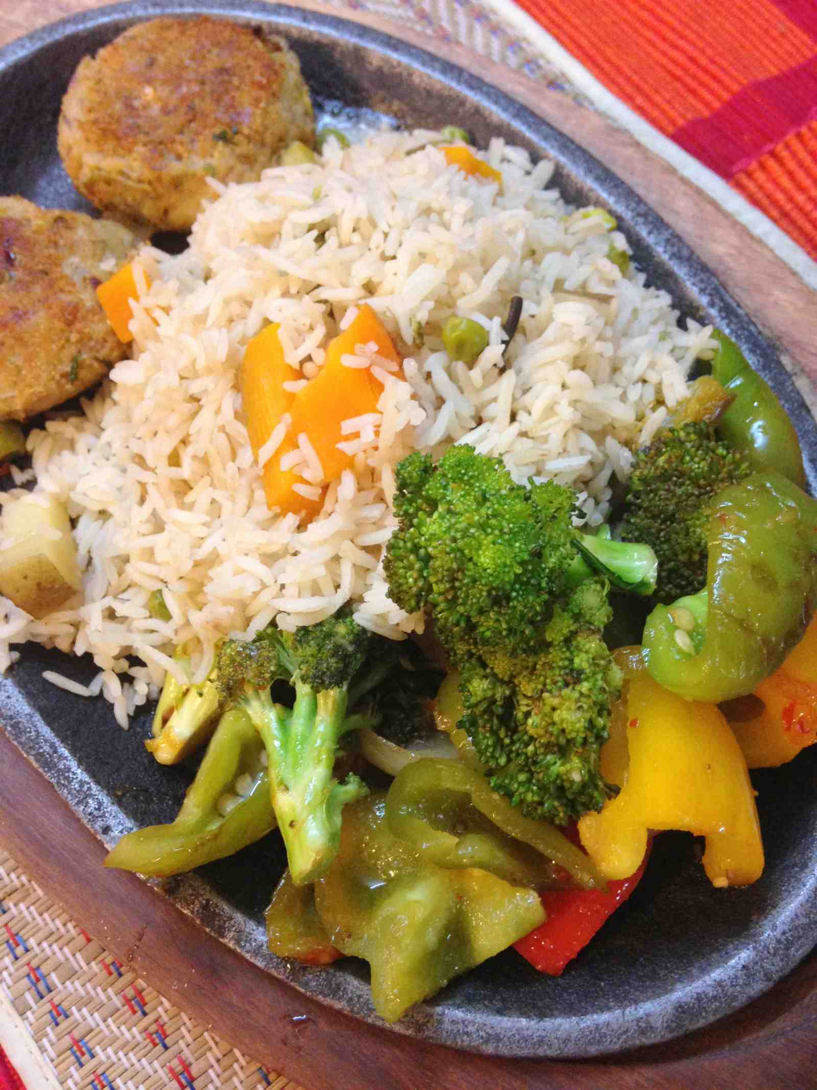 Mexican sizzler recipe by archanas kitchen mexican sizzler recipe forumfinder Image collections